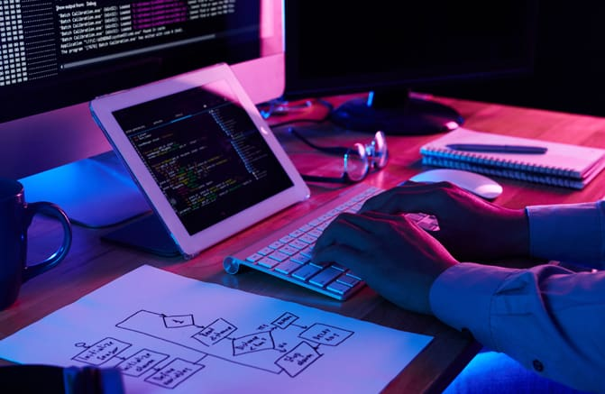 custom-web-design-development-image